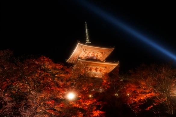 清水寺 五重塔ライトアップ